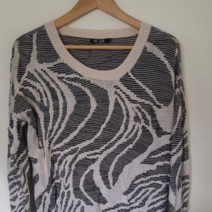 Zoe + Nic Sweater beige and black Large